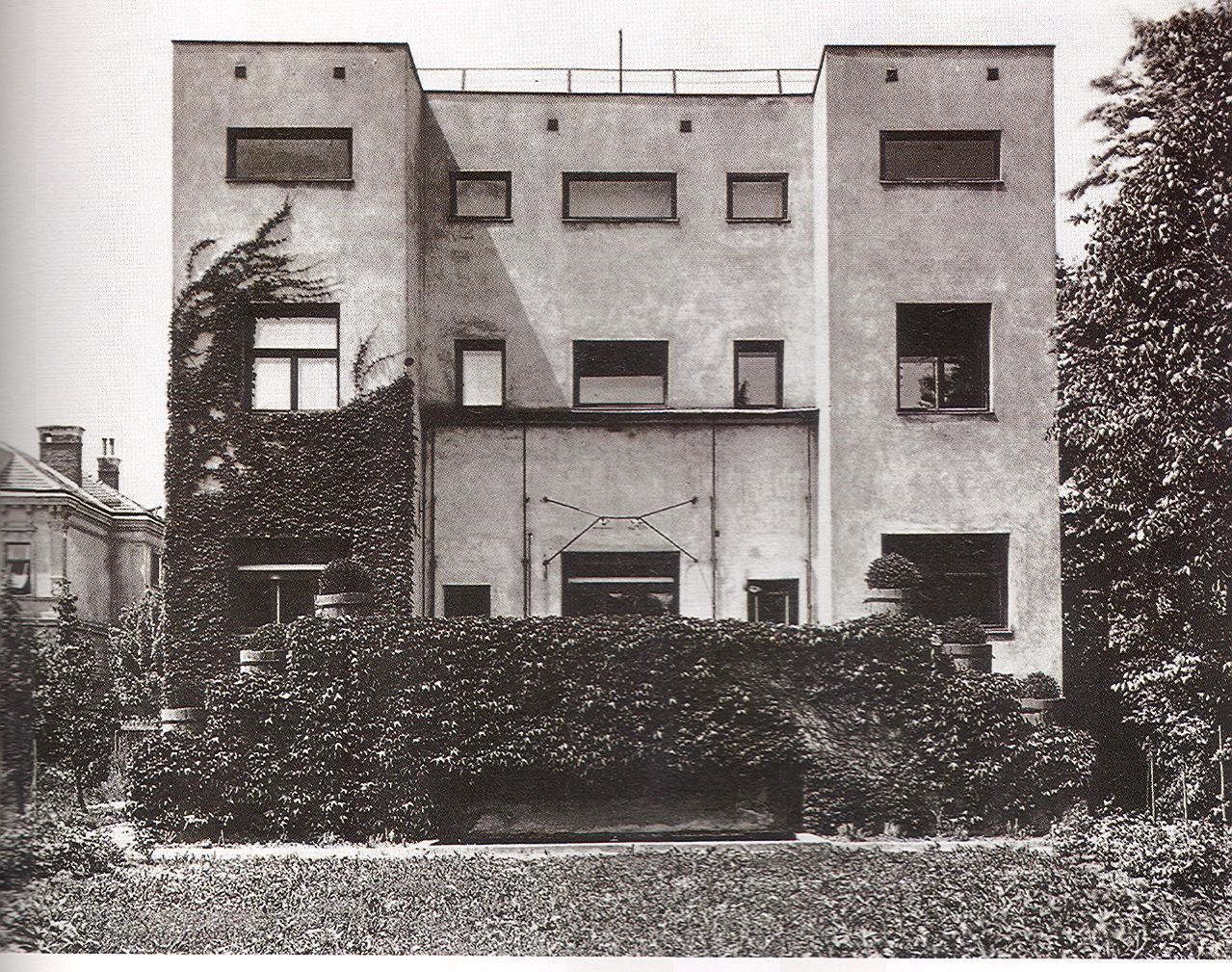 Casa steiner viena 1910 convertida en un icono de la for Arquitectura moderna casas