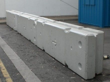 Buy Or Hire Concrete Barriers Great Prices Nationwide Delivery Concrete Jersey Barrier Barriers