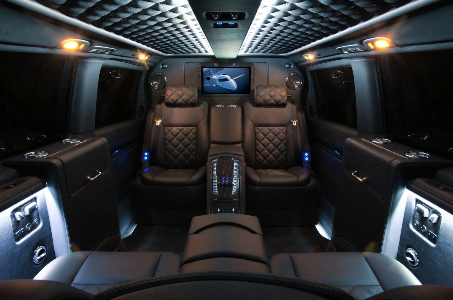 Mercedes Benz Viano Van Conversion Is The Lap Of Luxury With