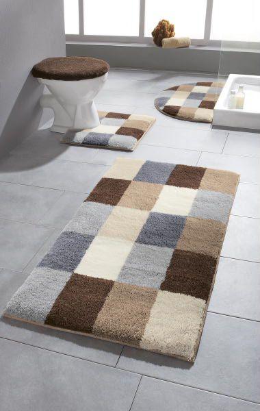 Ein Badezimmerteppich Wie Er Schoner Nicht Sein Konnte Warme Farben Und Ein Muster Das Sich Perfekt In Selbstgemachte Teppiche Diy Teppiche Badezimmerteppich