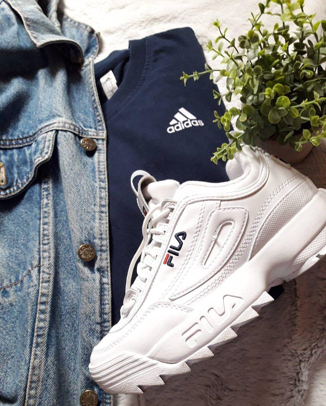 5630257d2cbe25 FILA Disruptor white/weiß // Foto: chlooe_grn |Instagram | Fila shoe ...