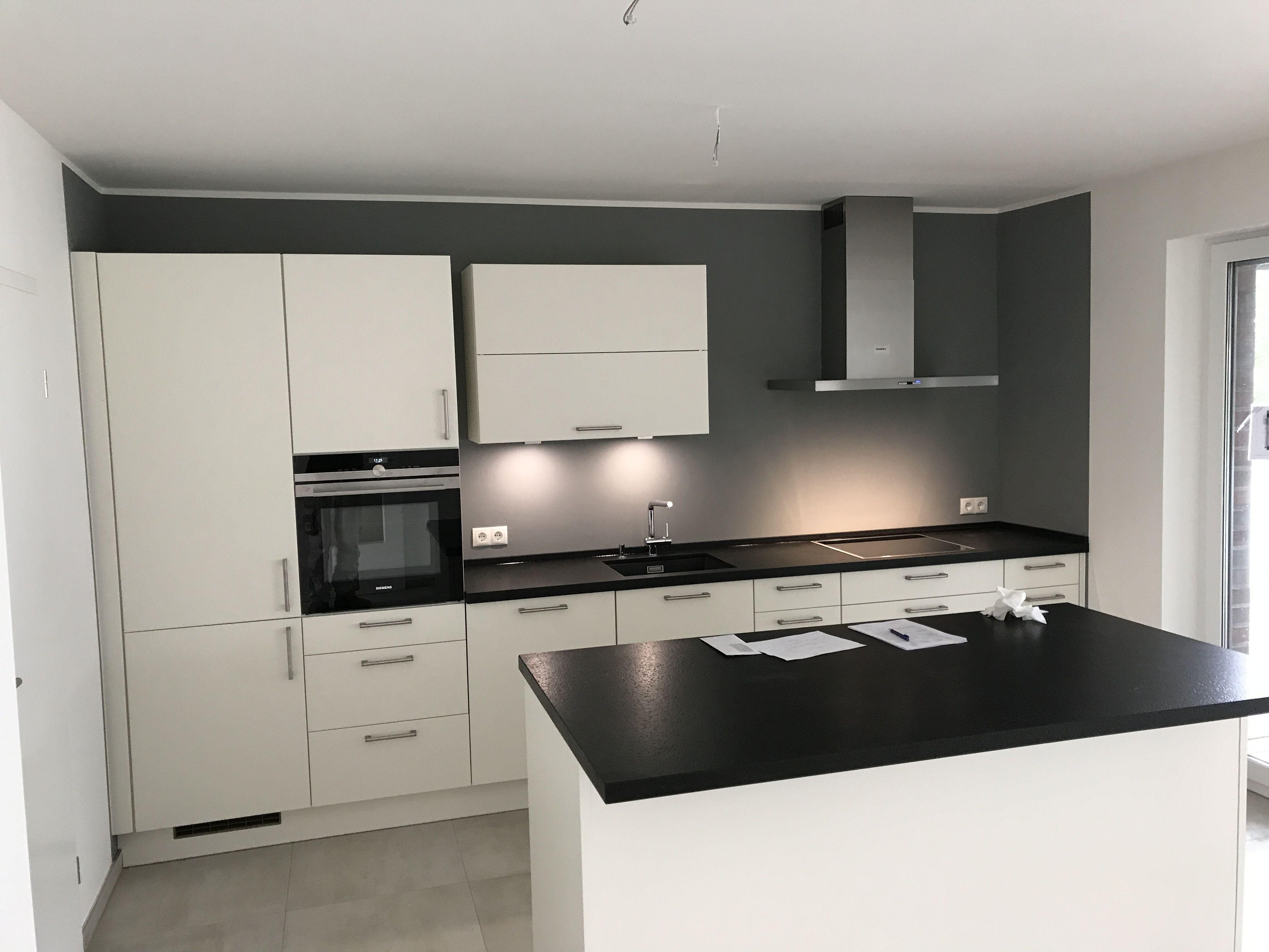 Pin von WKS GmbH auf Unsere Küchen Planen und bauen