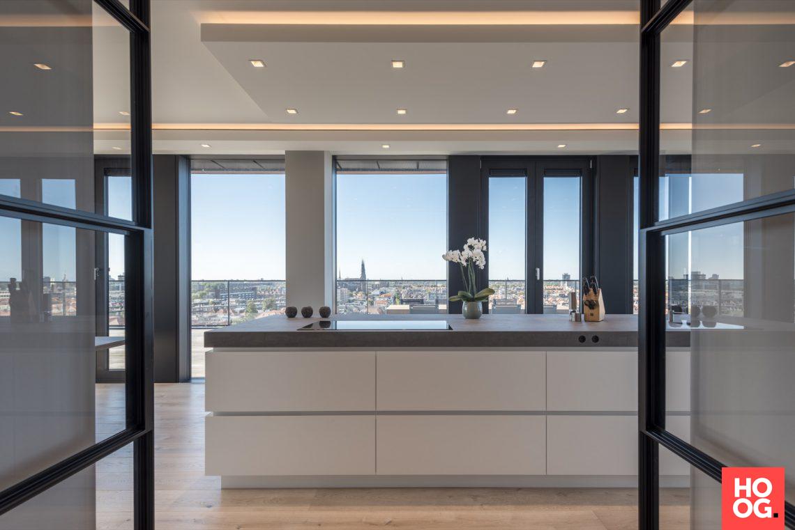Martin van essen penthouse met luxe interieur hoog