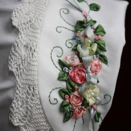 gorgeous ribbonwork