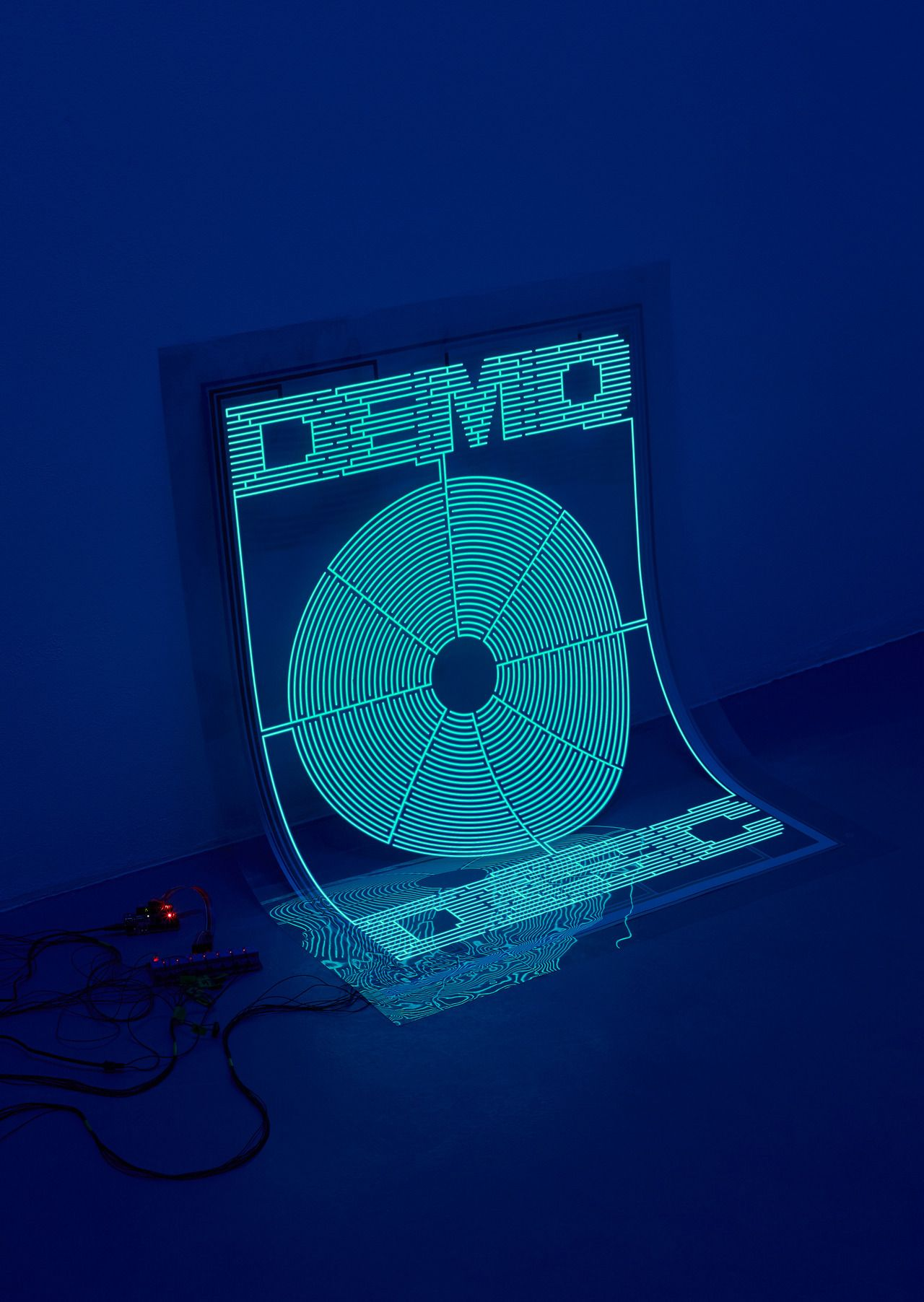 Demo Disc, an electroluminescent animated poster (with
