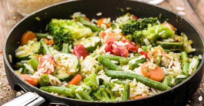 Poêlée de riz de printemps rouge et verte | Recette en ...