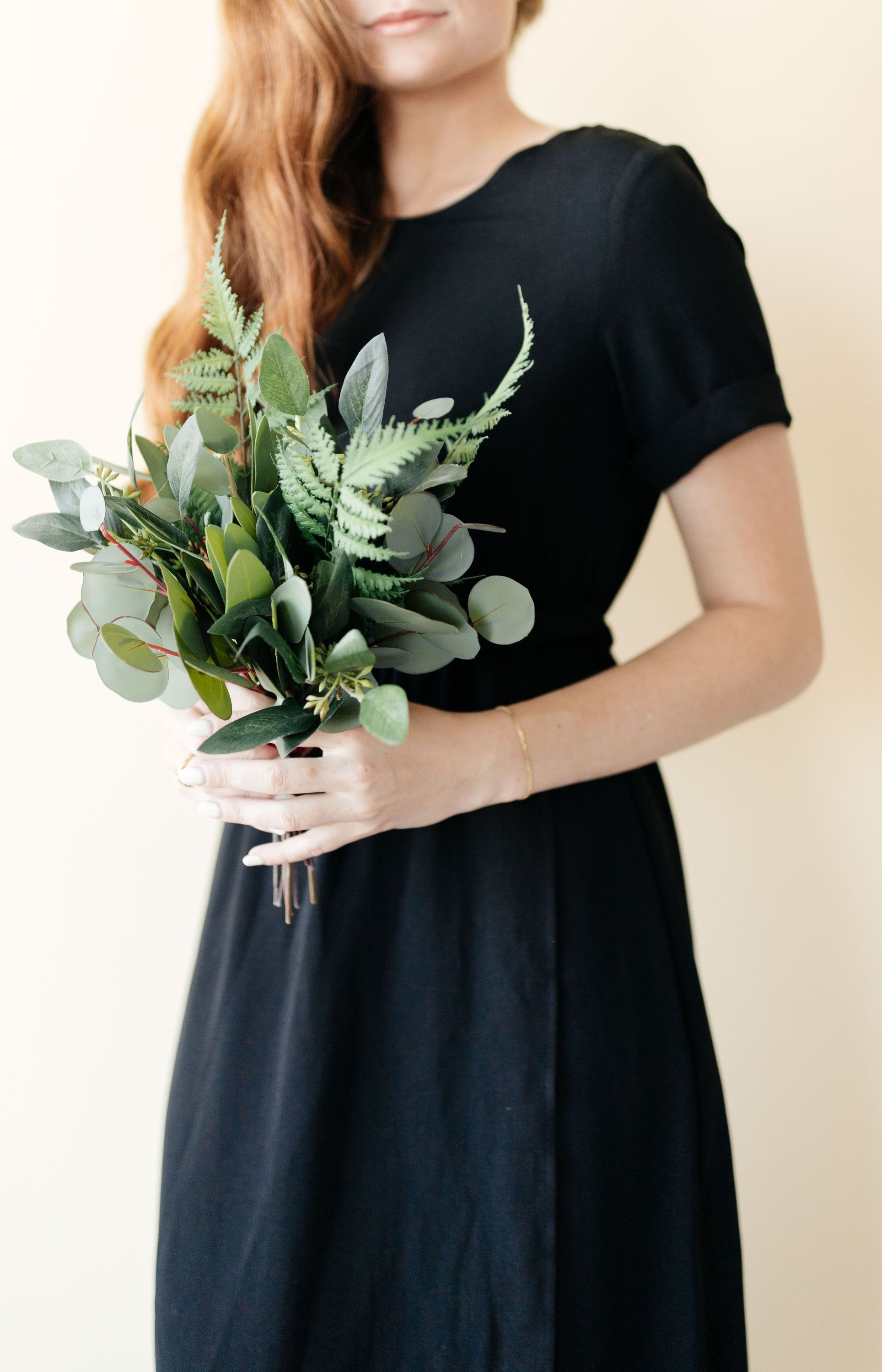 Small and Simple Eucalyptus Greenery Bouquets for Bridesmaids #bridesmaidbouquets