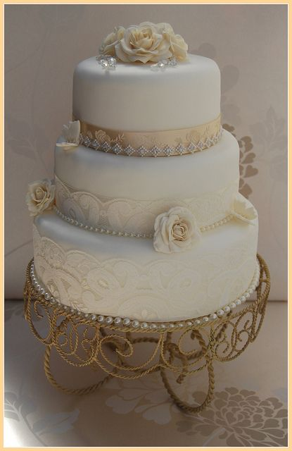 WHITE AND CHAMPAGNE  VINTAGE WEDDING CAKE LACE DIAMANTE TRIM                                    DIAMANTE TRIM- ROSAMUND- CHAMPAGNE by Stephs cupcakes, via Flickr