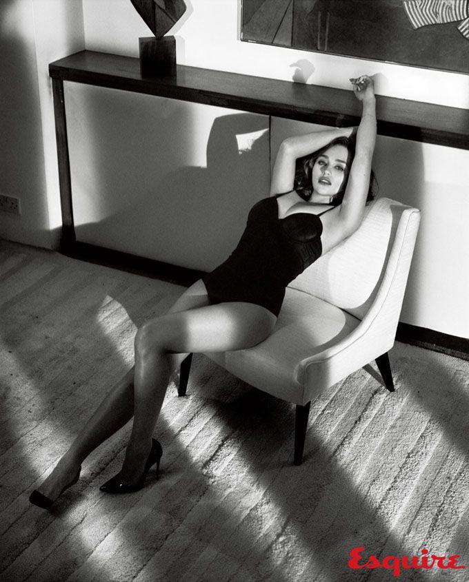 Эмилия Кларк в Esquire Magazine (Интернет-журнал ETODAY)   Photo ... b6755e11811