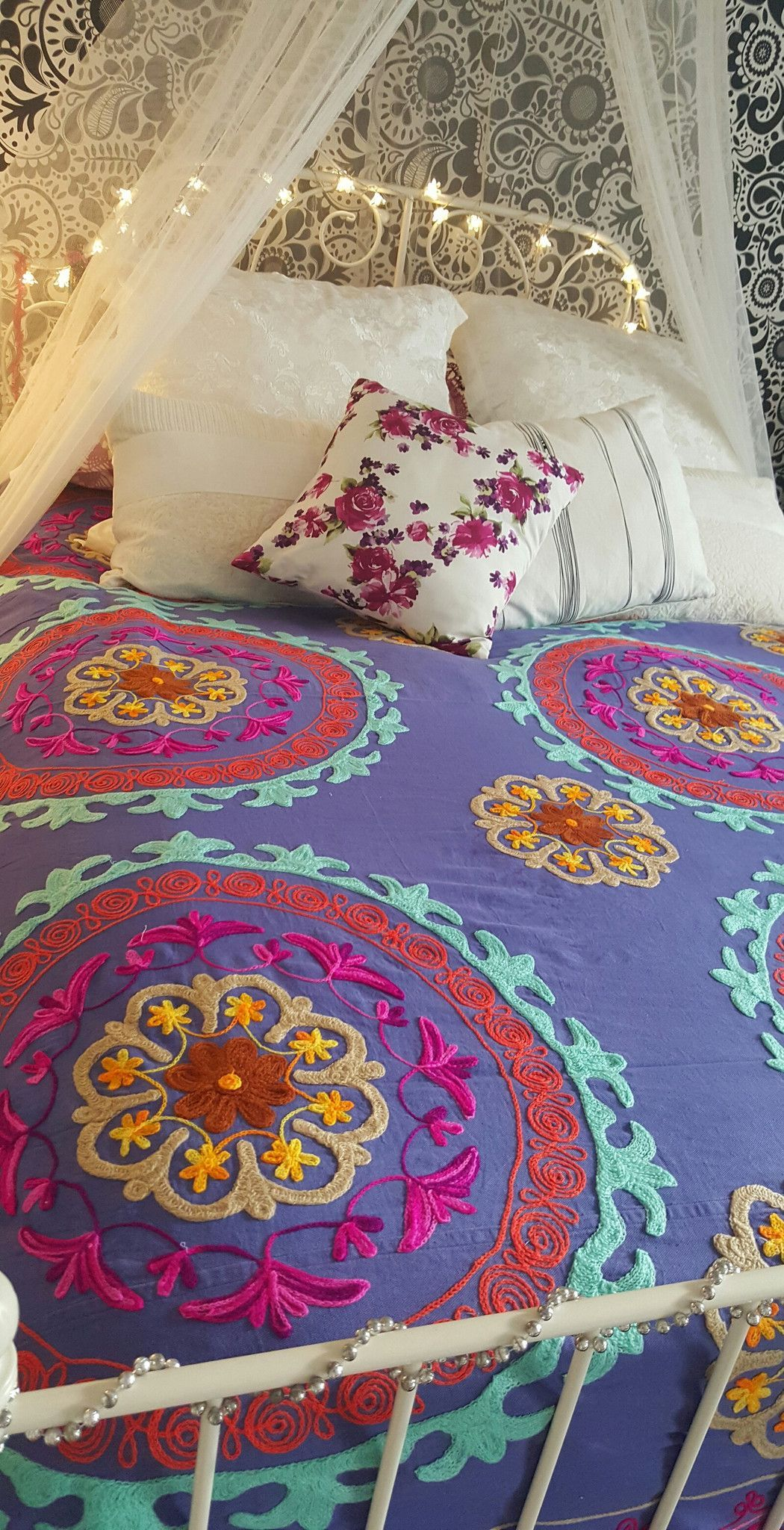 """SUZANI HAND EMBROIDERED BED COVER BED SPREAD Soft cotton Made in india King/ queen Size Cotton Bed Sheet SIZE 111''x 97"""" 2,83CM X 2,46CM"""