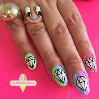 These nails that will have you shining bright like a diamond. | 34 Photos That Will Make You Want To Step Up Your Nail Art Game