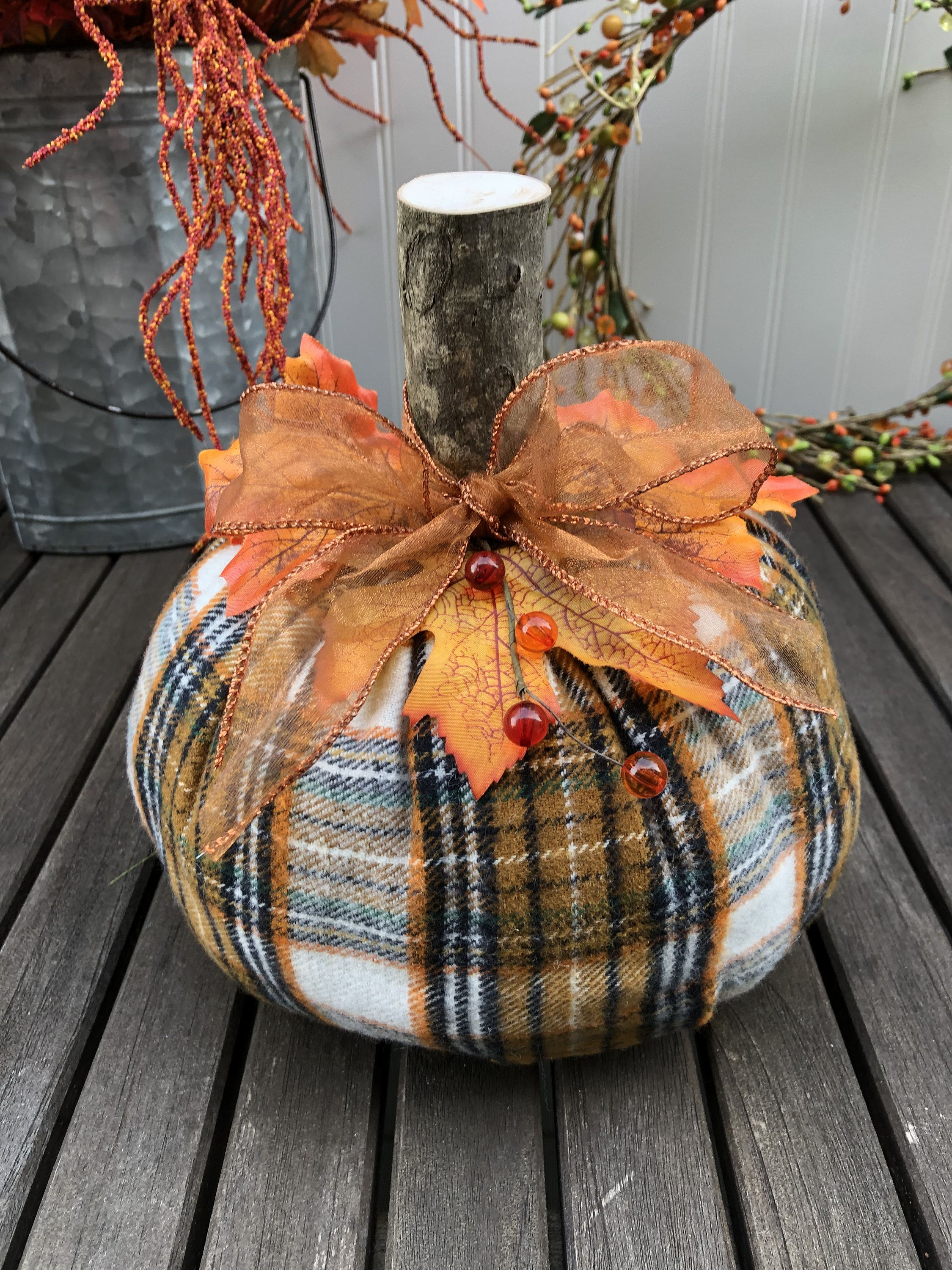 Get Nice Thanksgiving Decoration DIY Project 1