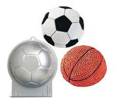 Soccer Ball Pan Im going to use this pan for the baby shower
