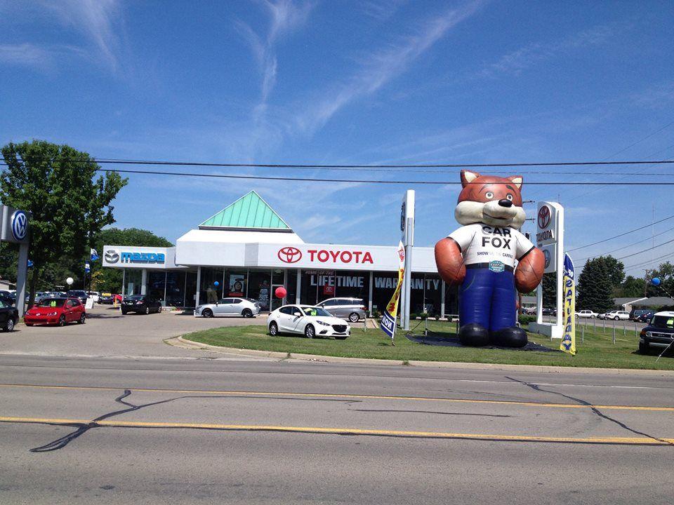 (60s) Dealership Buildings.... Used car lots, Car lot