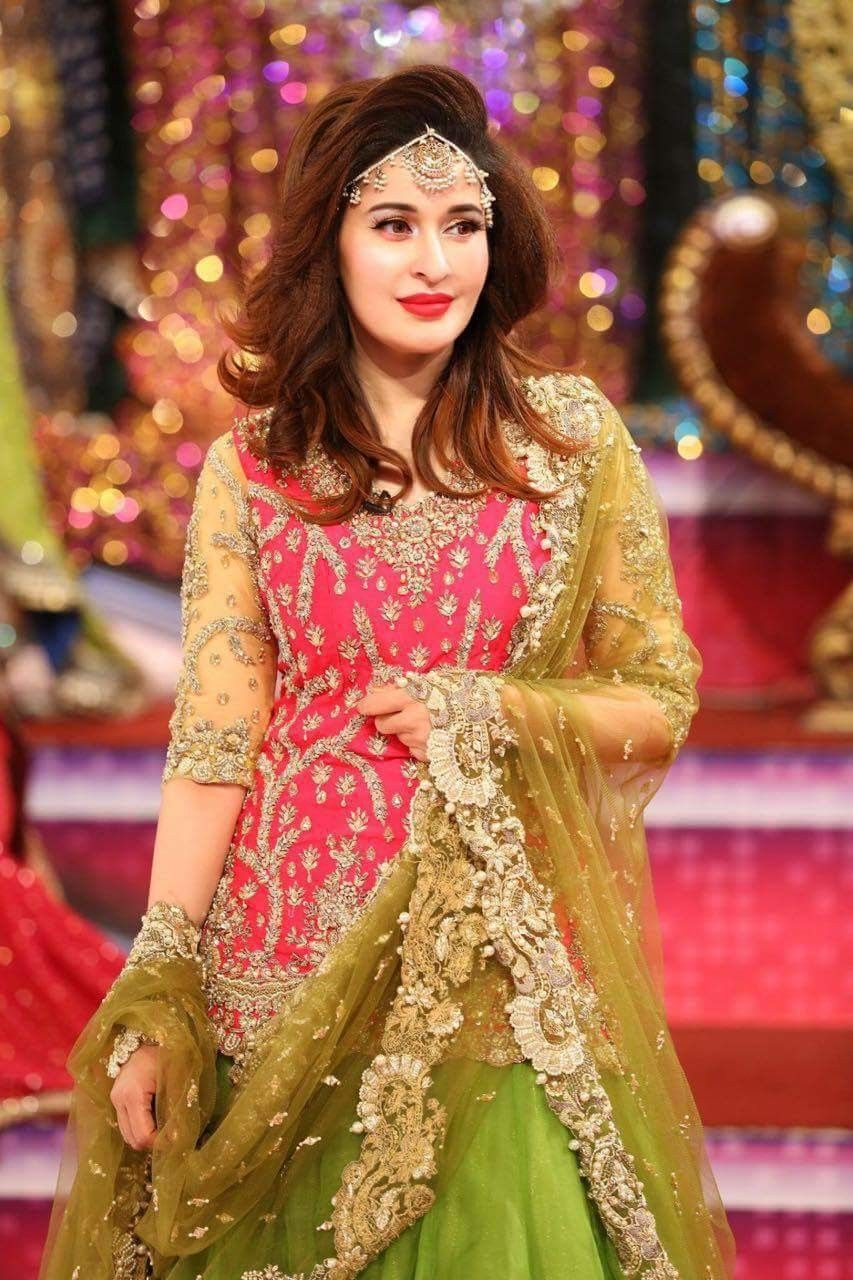 Dresses mehndi designs new photo