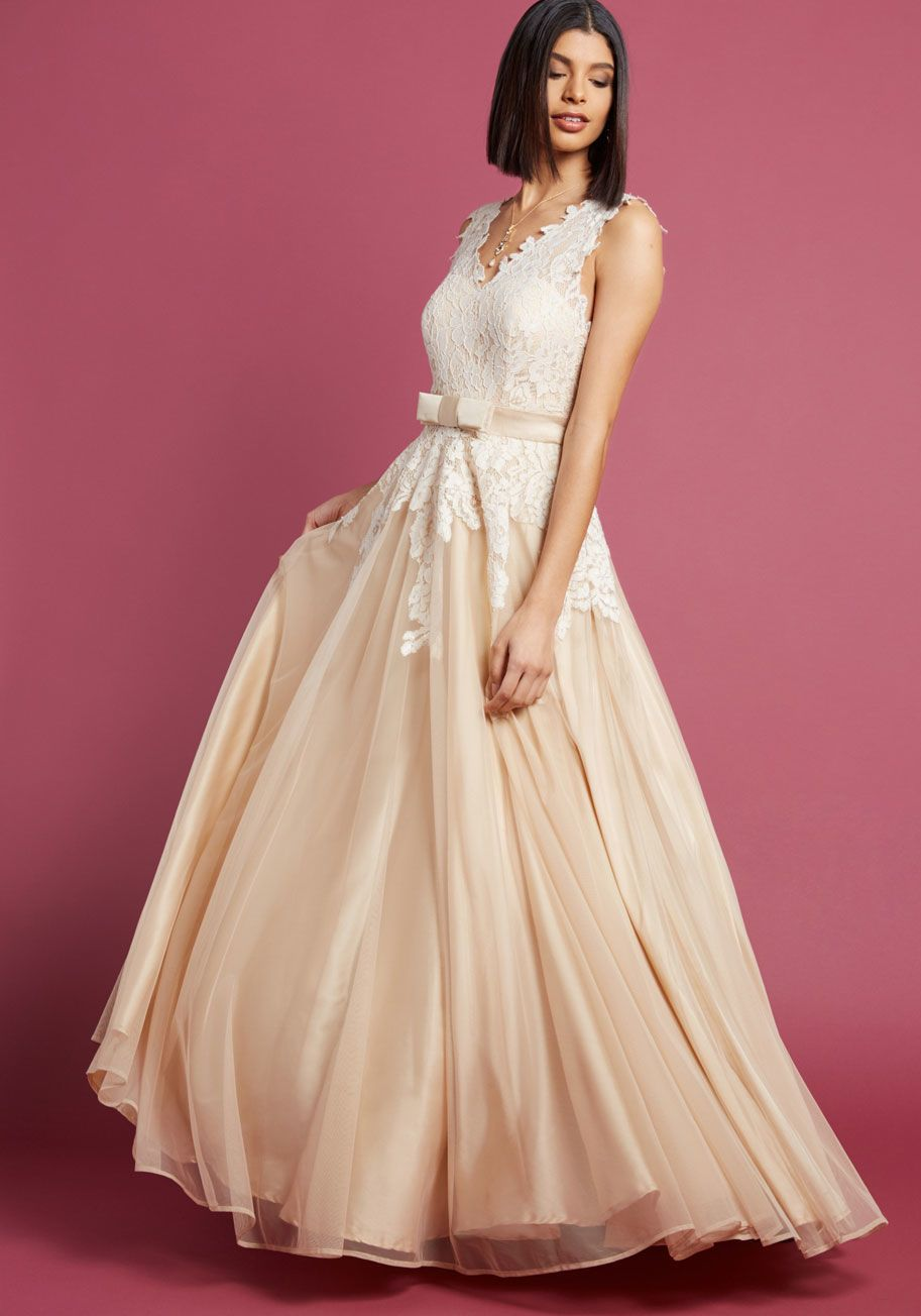 0a51c8c96fd6 Memorable Magic Maxi Dress in Tea