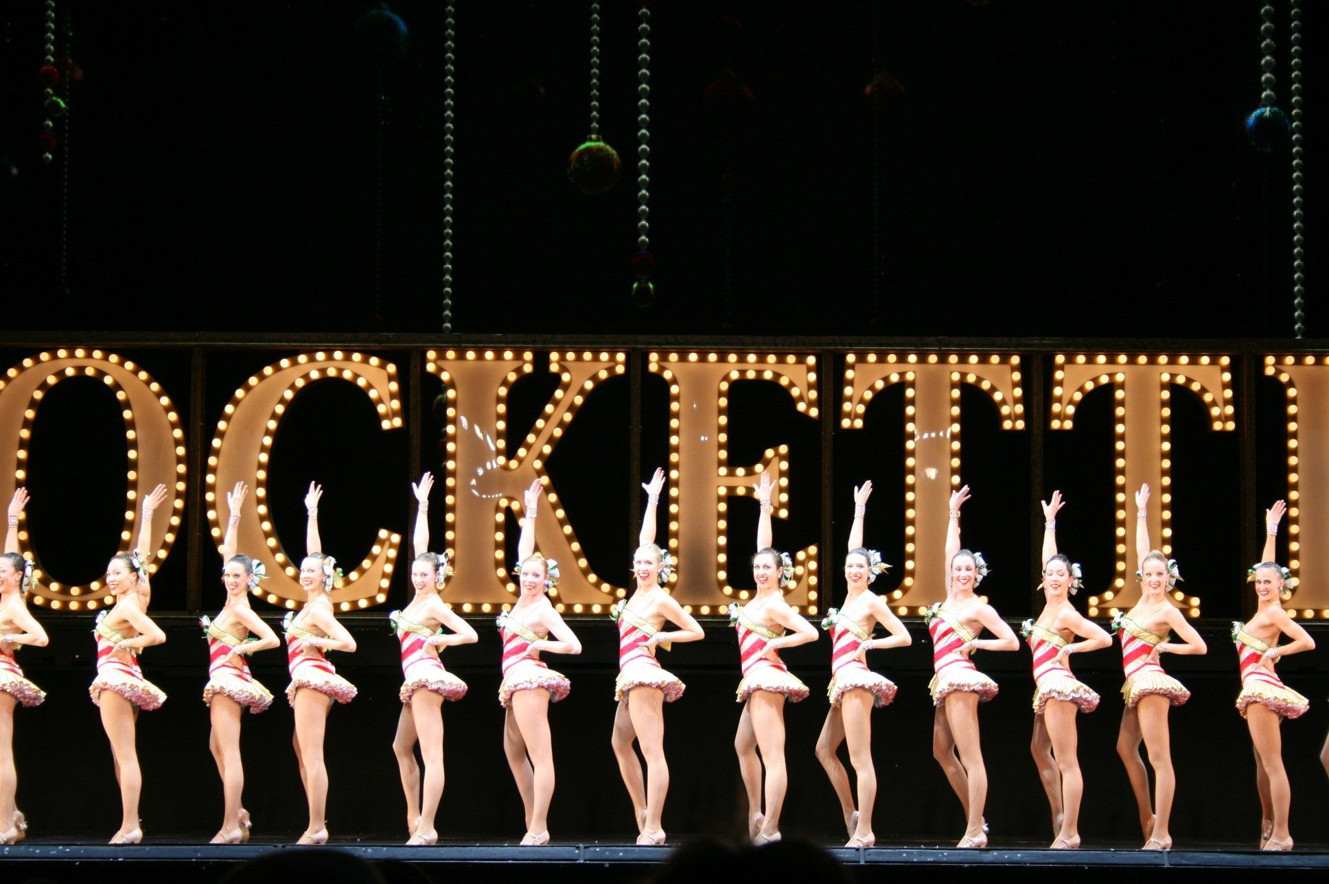 Rockettes Christmas Show.Rockettes Christmas Spectacular New York In 2019 New