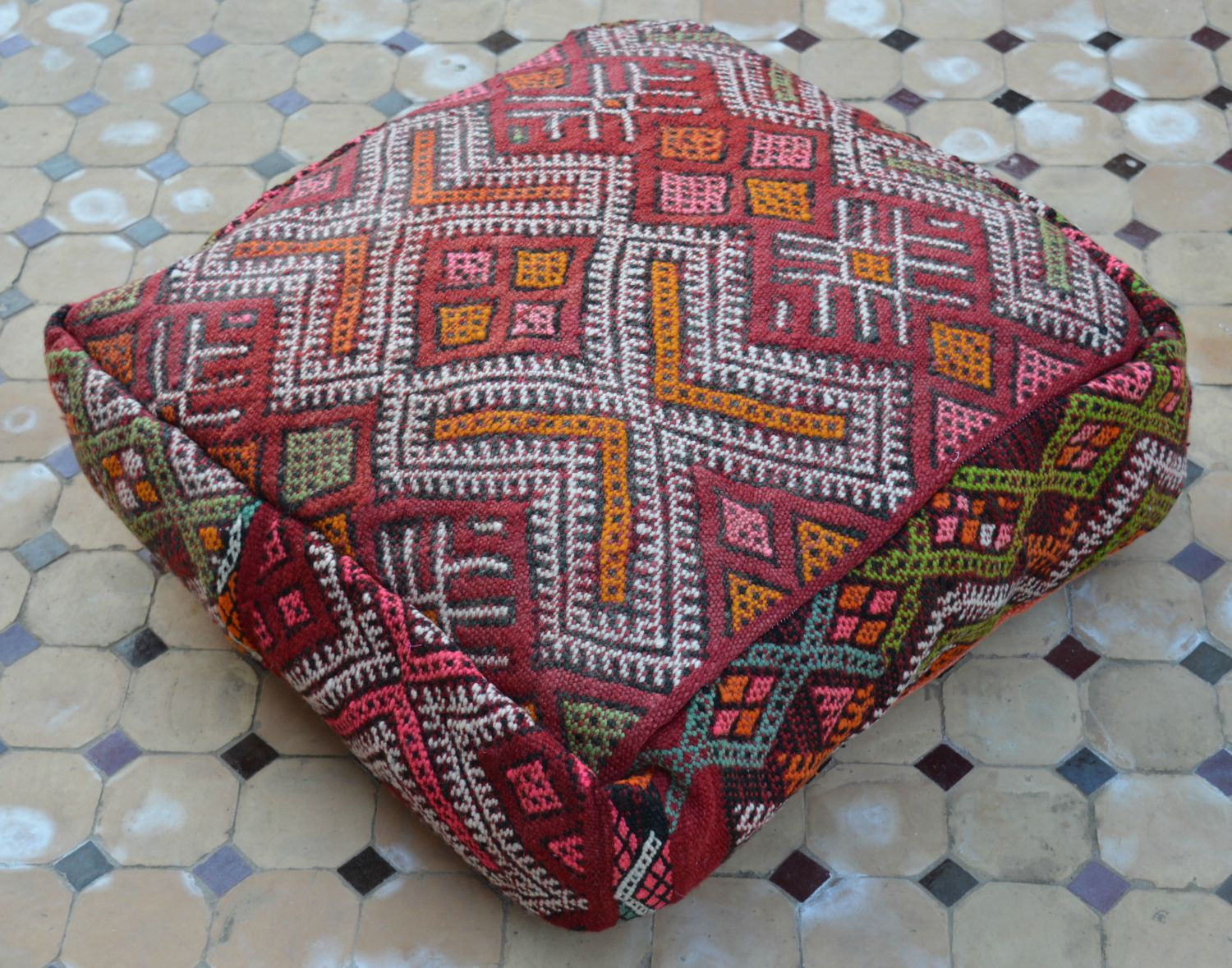 Beyond Marrakech: A Little Moroccan Flair With A Kilim Floor Pillow ...