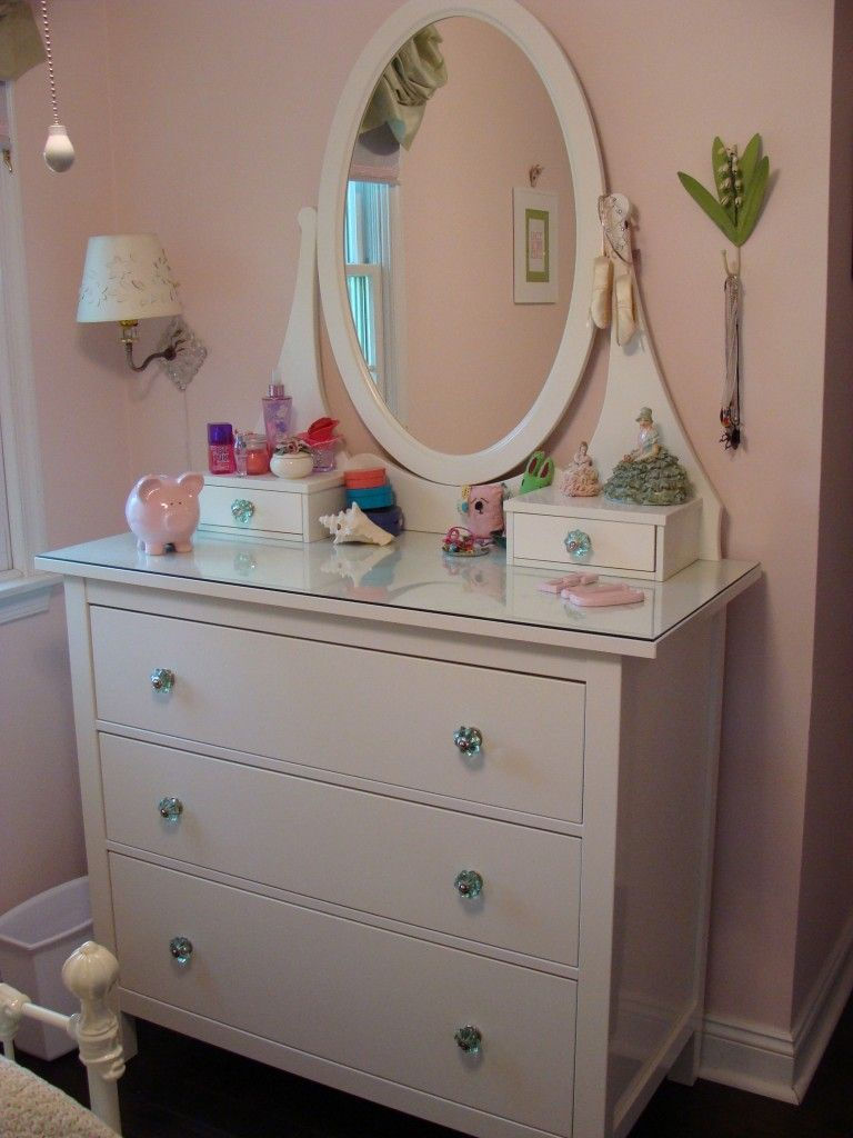 Stylish White Dressers With Mirrors Ikea