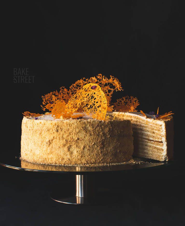 Tort Medovik – Russian Honey Cake