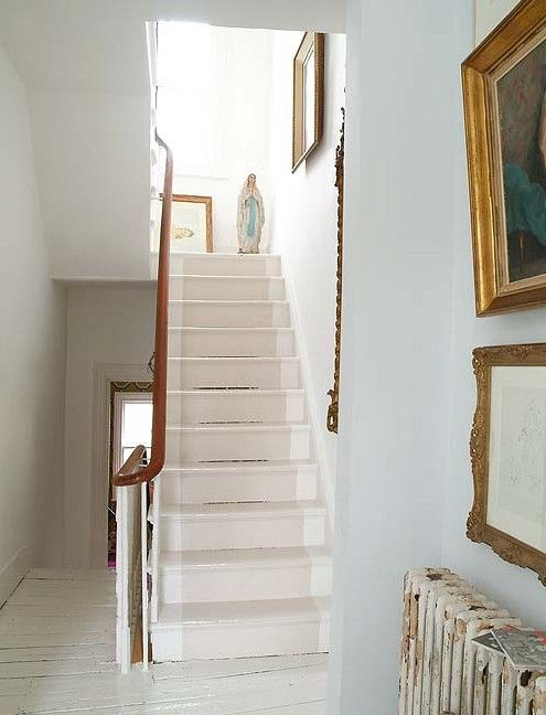 Georgian house in london white painted floorboards for Georgian staircase design