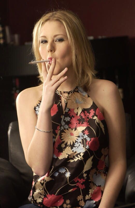 Female smoker fetish