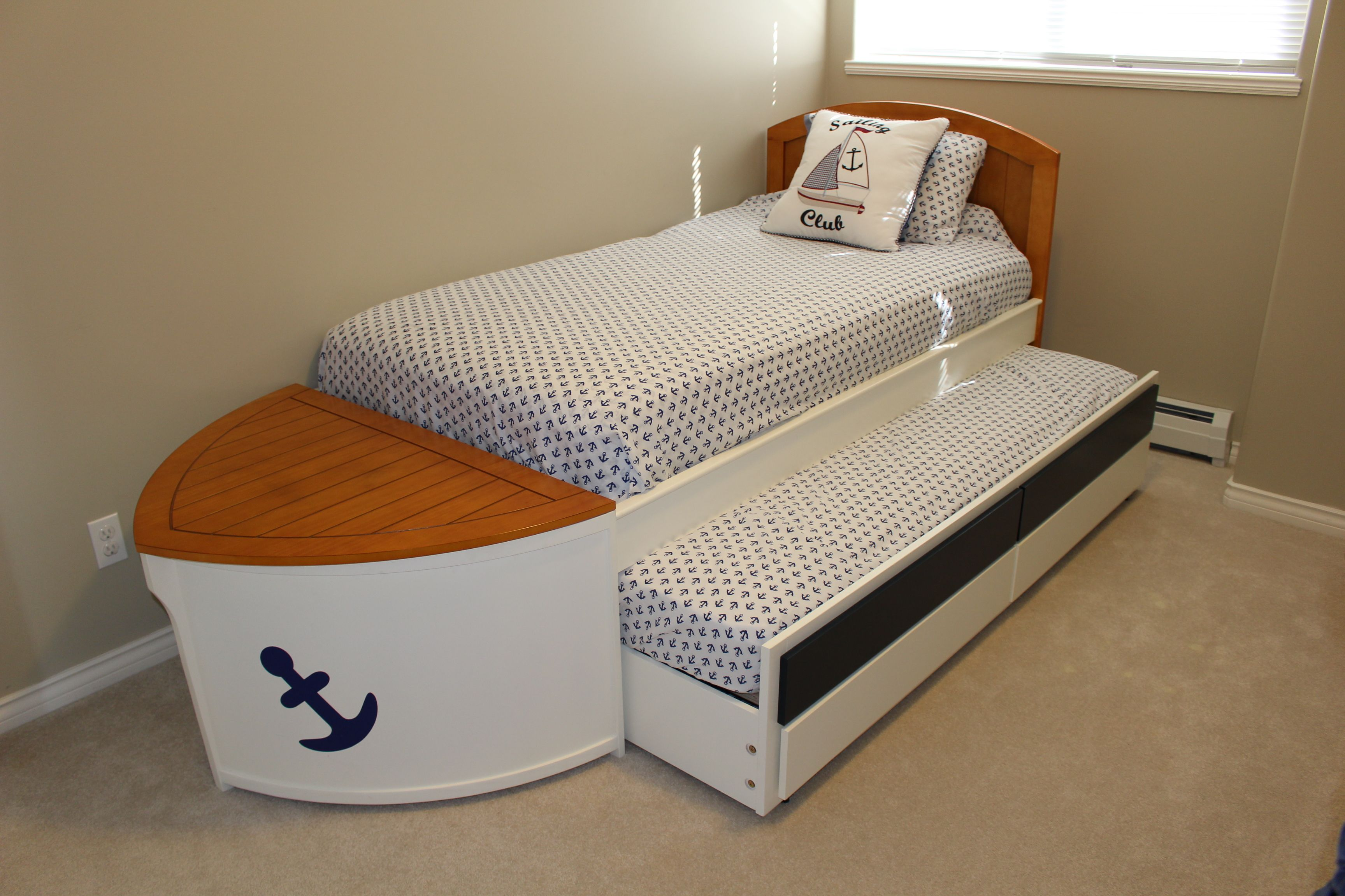 Cutest Boat Bed With Trundle Drawer For Extra Space And