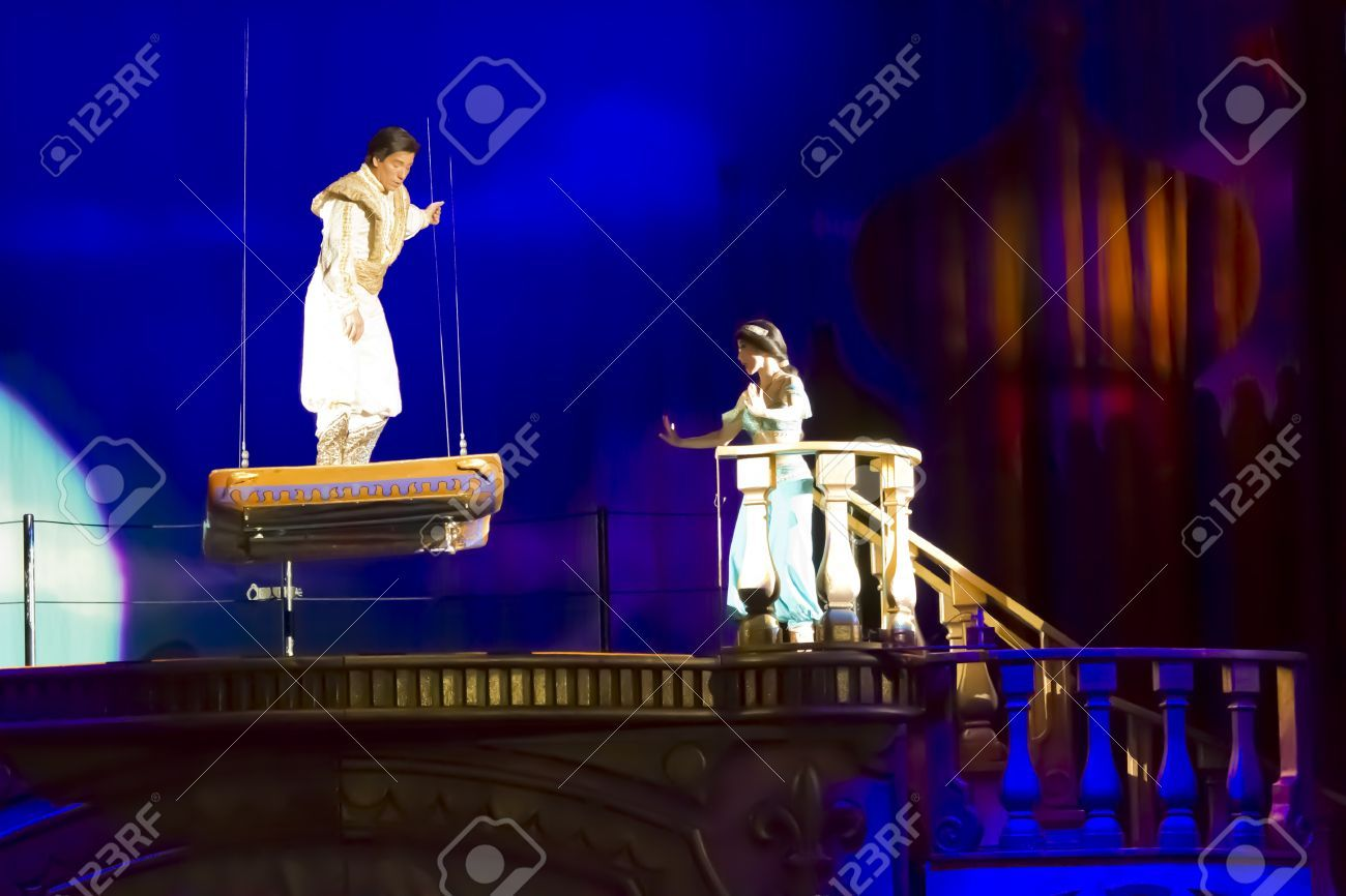 Green Bay Wi March 10 Aladdin And The Magic Carpet Meet In 2020 Aladdin Magic Carpet Aladdin Musical