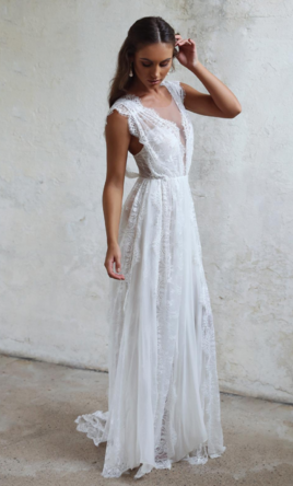 Grace Loves Lace Genevieve Wedding Dress Curly For At 50 Off Retail