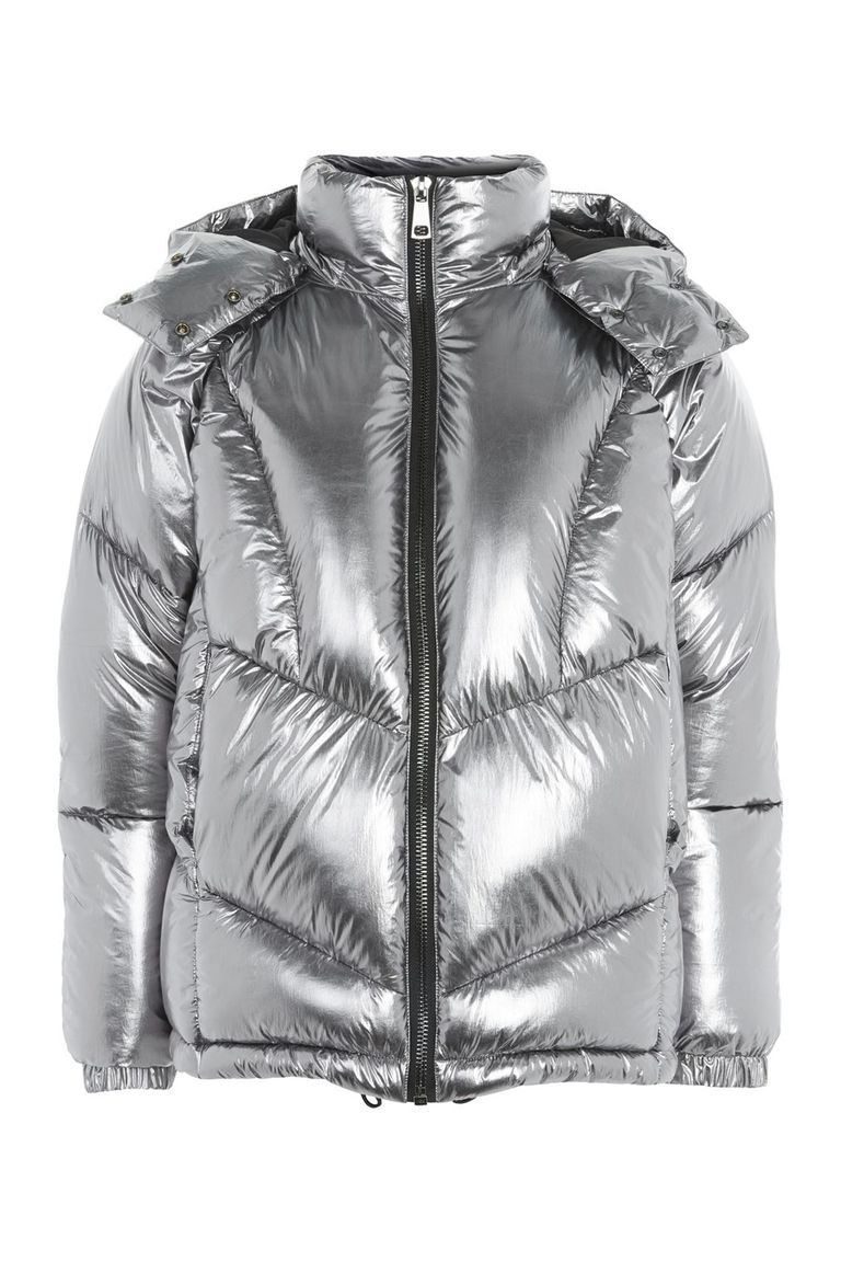 This Puffer Jacket Will Make You Feel Like Missy Elliot Puffer Jackets Winter Puffer Coat Quilted Puffer Jacket [ 1152 x 768 Pixel ]