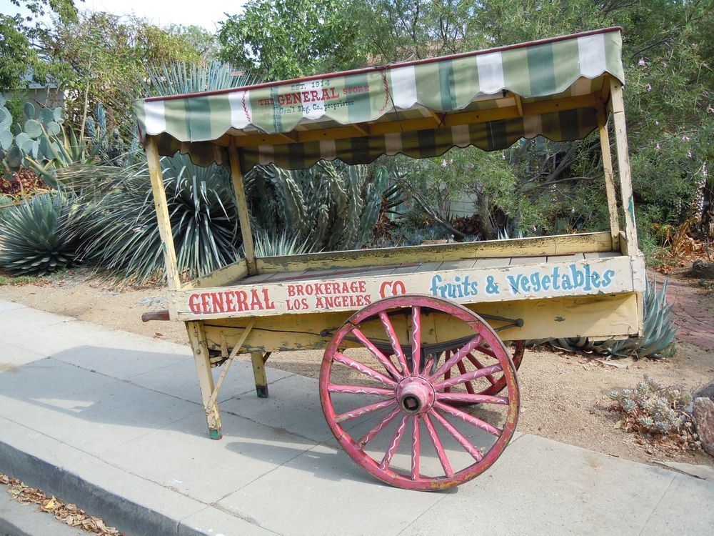 ANTIQUE WOOD PEDDLERS PRODUCE WAGON WHEEL PUSH CART STREET