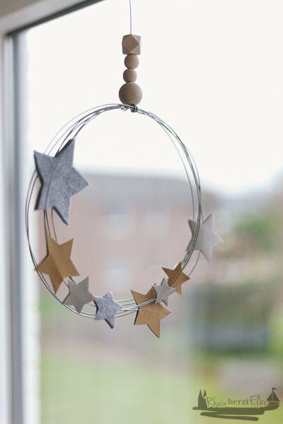 Photo of Wir feiern Weihnachten | DIY Idee Metallkranz mit Sternen – RheinHerztElbe.de