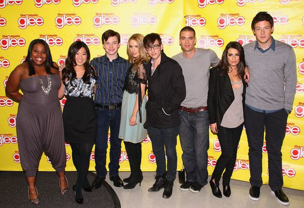 """Dianna Agron and Mark Salling Photos Photos - The cast of """"Glee"""" - Amber Riley, Jenna Ushkowitz, Chris Colfer, Diana Agron, Kevin McHale, Mark Salling, Lea Michele and Cory Monteith attend the cast of """"Glee"""" signing copies of """"Glee: The Music Vol. 1"""" at Best Buy on November 4, 2009 in Paramus, New Jersey. - The Cast Of """"Glee"""" Signs Copies Of """"Glee: The Music Vol. 1"""" In New Jersey"""