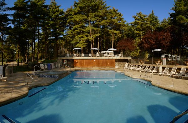 Normandy Farms Campground Outdoor Heated Pool #camping #rving #newengland  #glamping