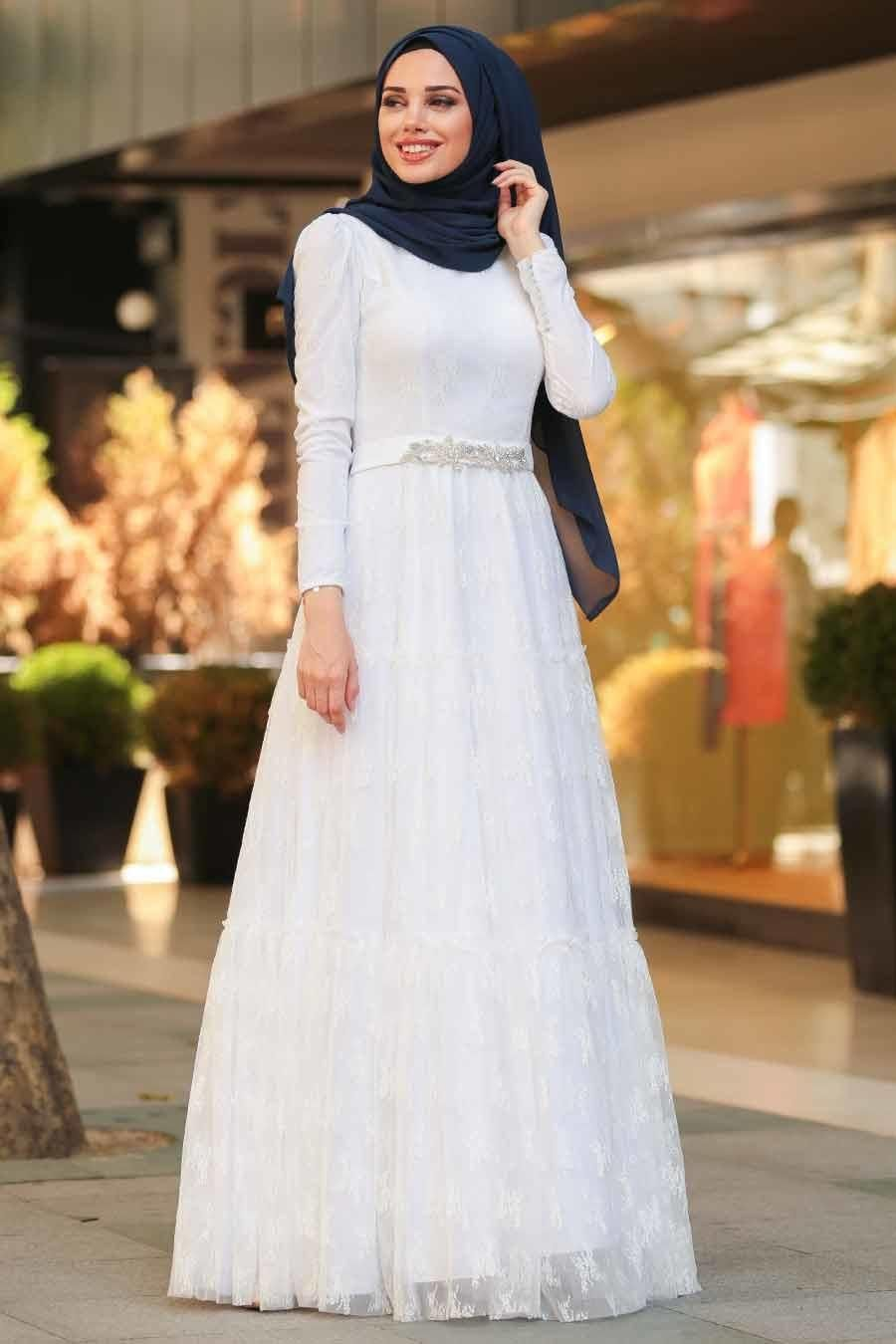 Tesetturlu Abiye Elbise Boncuk Detayli Beyaz Tesettur Abiye Elbise 39560b Tesetturisland Com The Dress Moda Stilleri Elbise