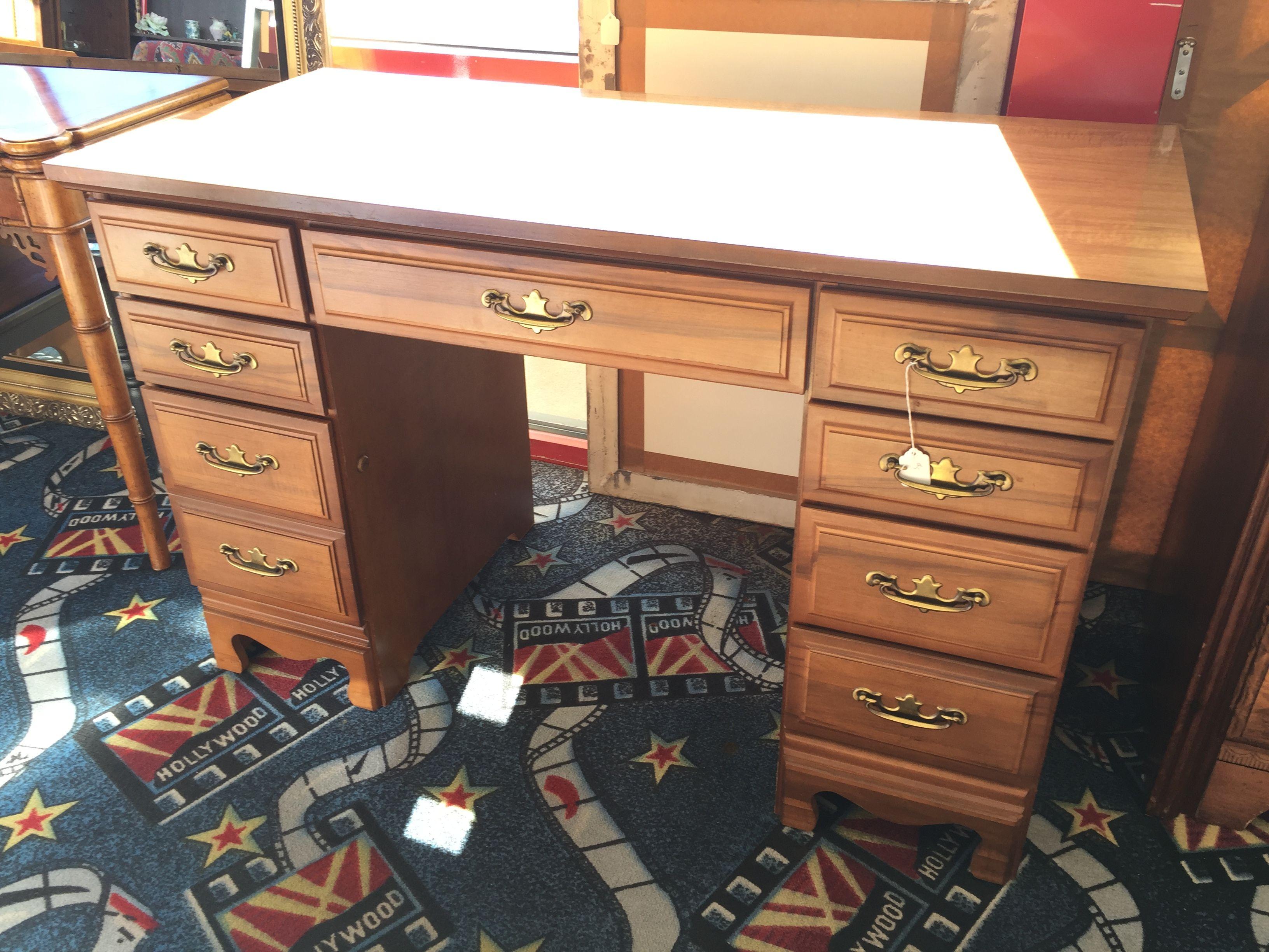 small desk 150 great for dorms or small bedrooms desk work rh pinterest com Bedroom Tables Desks Bedroom Tables Desks