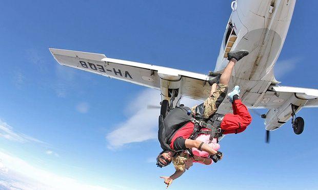 15 000 Foot Tandem Skydive Skydiving Tandem Paragliding