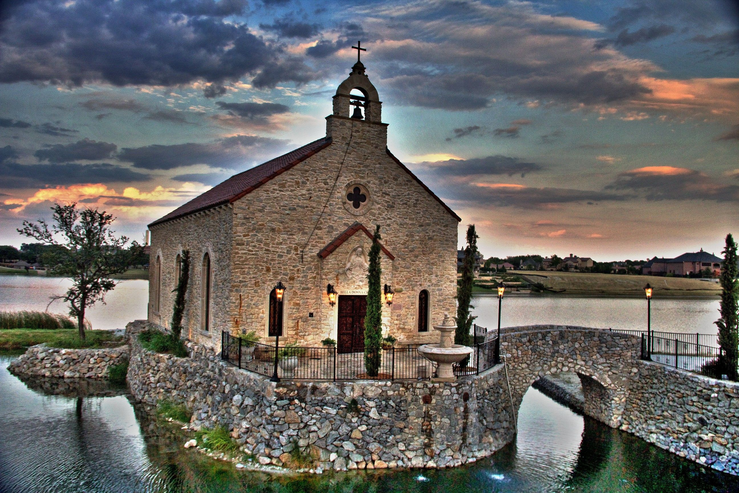 Elegant Chapel Weddings In McKinney TX