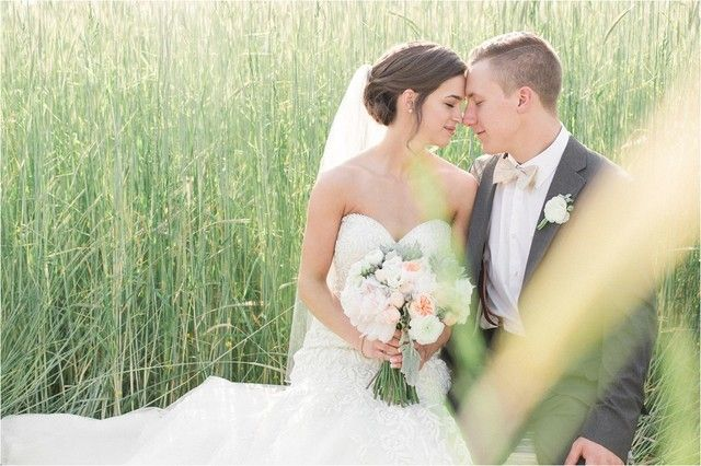Farm Wedding in Southern New Jersey :: Photo by Josiah & Steph Photography :: Florals by A Garden Party Florist :: Planning by Kyle Michelle Weddings ::