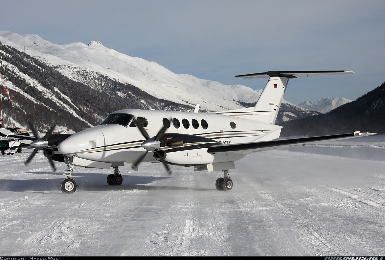 Hawker Beechcraft B200GT King Air aircraft picture