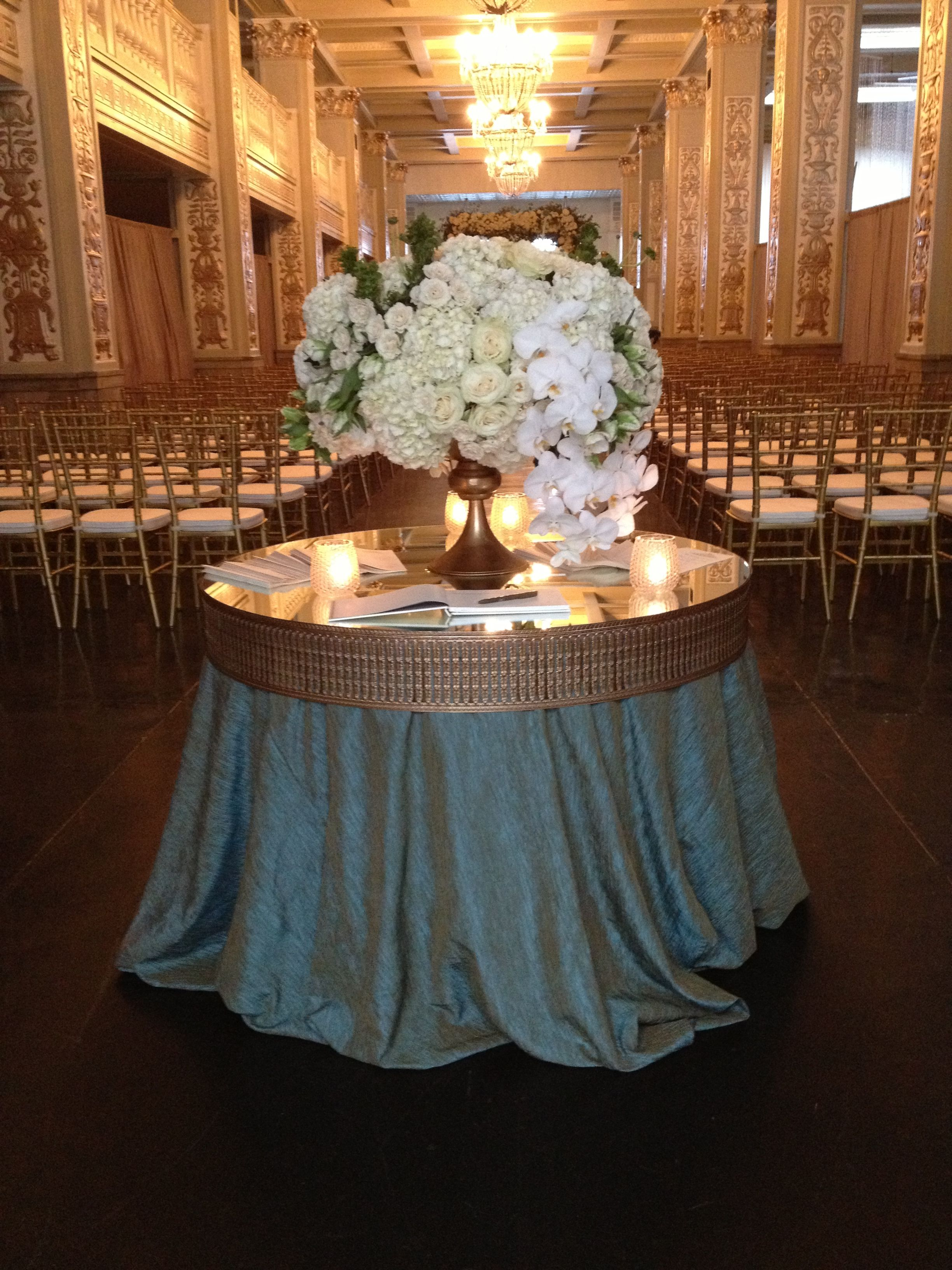 DeClerk Wray Designs created this amazing table top