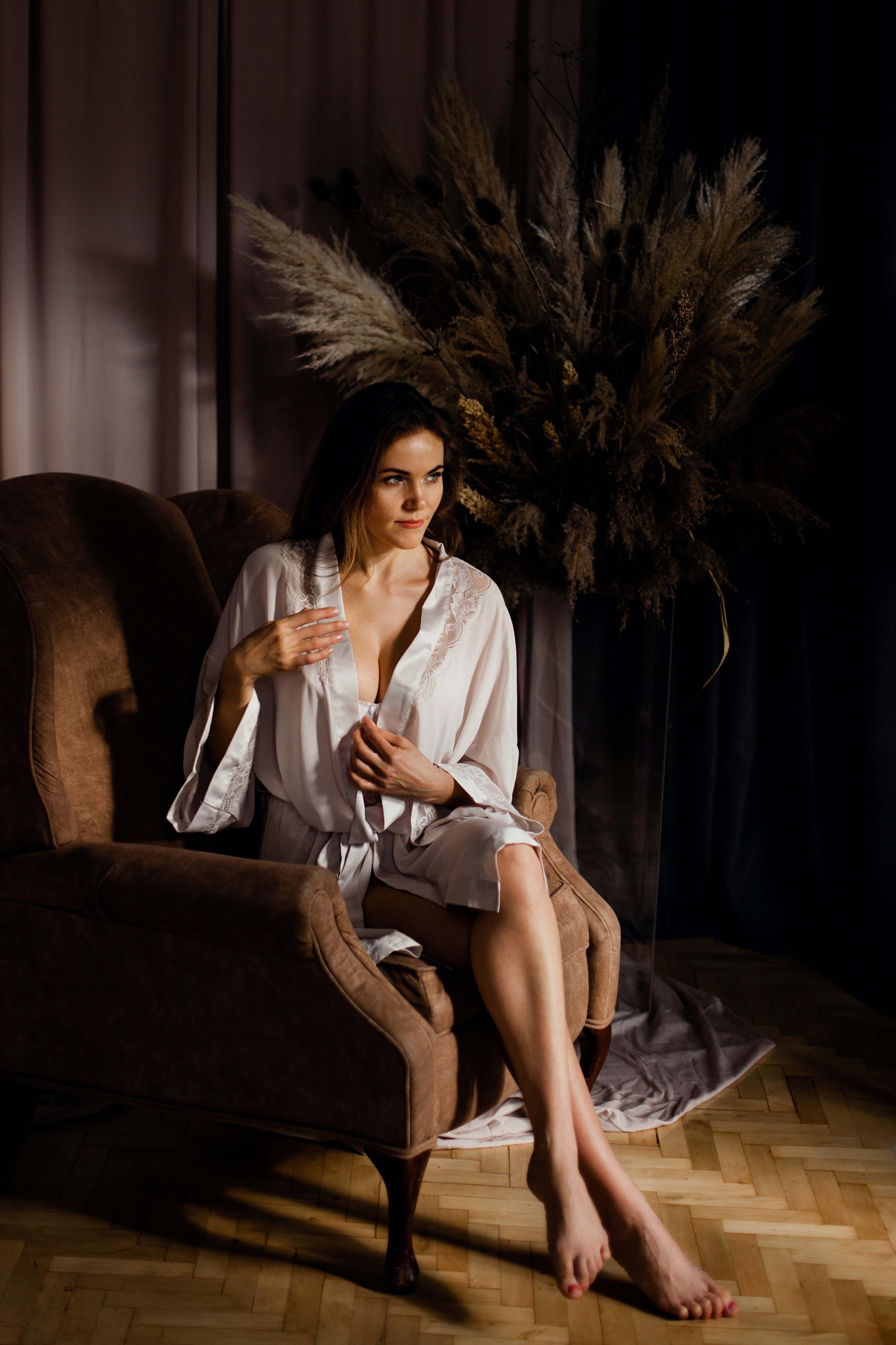 Elegant fine art boudoir photoshoot Будуарная фотосессия в ...