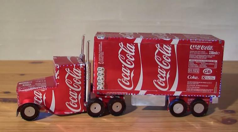 Reciclando Para Hacer Juguetes Aprende A Hacer Un Camión Con Latas De Refresco Latas De Refresco Latas Latas De Aluminio