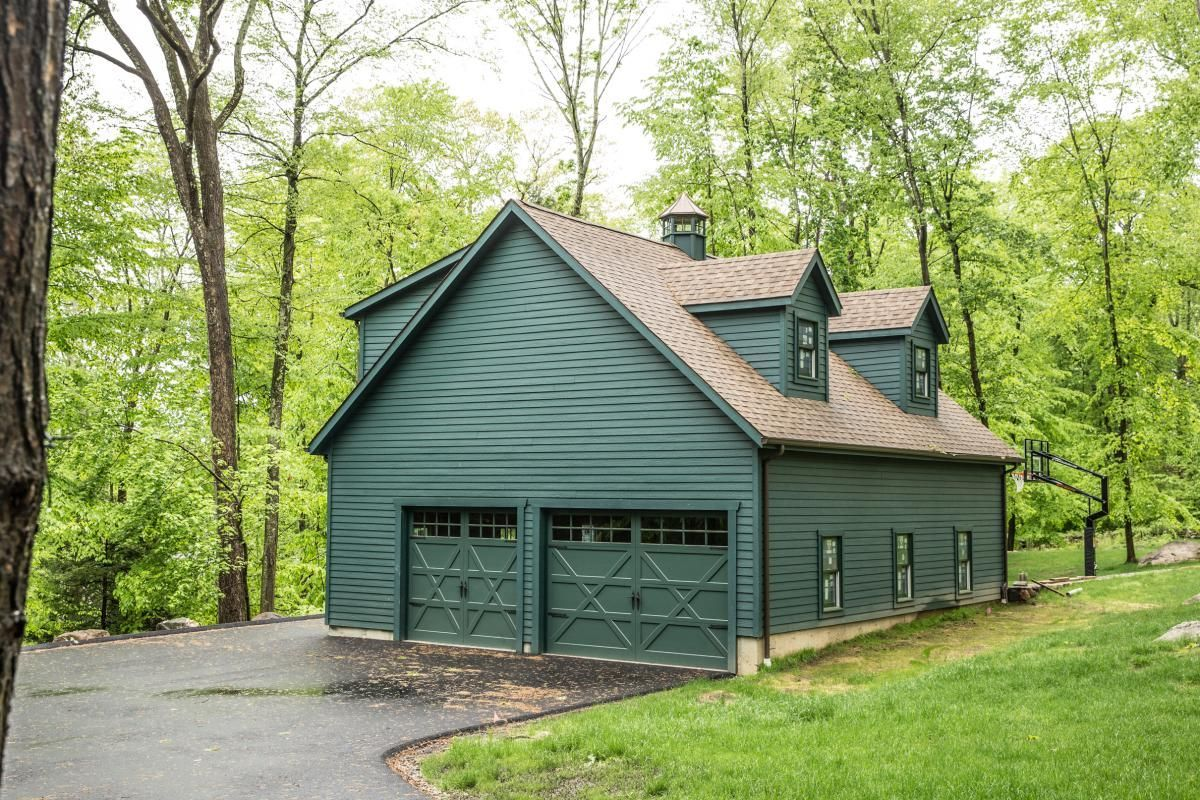 28x34 four car garage with second floor new canaan ct