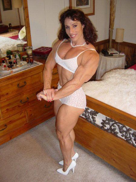 Annie Rivieccio Clips
