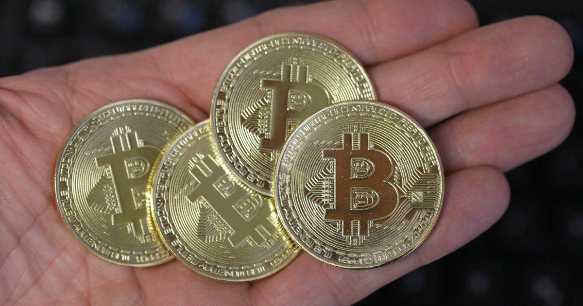 Bitcoin Cash (BCH) e Sterlina inglese (GBP) calcolatore di conversione di tasso di cambio di valuta