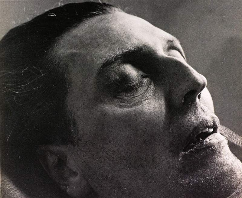 Alban Berg On His Deathbed By Trude Fleischmann 1935 With Images