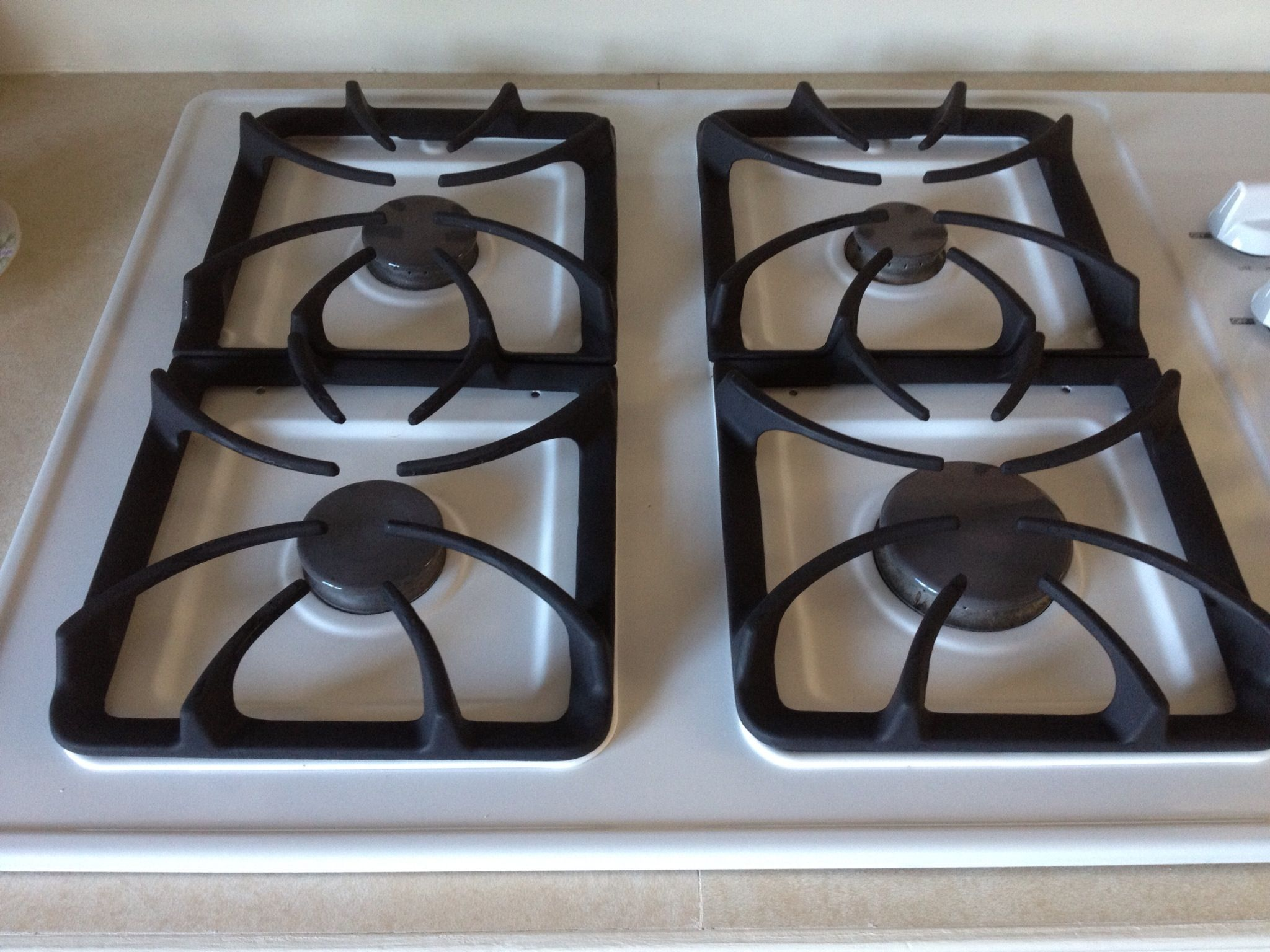buy my oven I use my top oven the most, so of course it is the worst off i went to pinterest in search of oven cleaning solutions i found two options, i chose to use option 1 on my top oven.