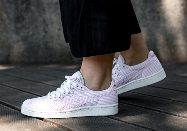 """6e66c062f8d  sneakers  news NAKED Adds """"Cotton Candy"""" Seersucker To The ASICS Onitsuka  Tiger GSM"""