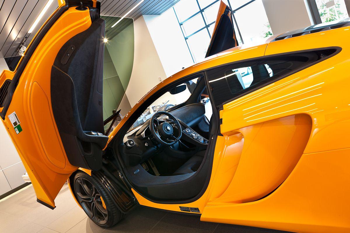 #Epic view of McLaren\u0027s dihedral doors. Make a statement & Epic view of McLaren\u0027s dihedral doors. Make a statement | McLaren ...